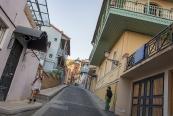 Cuma Mescidi'ne giderken, Tiflis